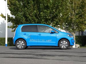 2015款电动车 整体外观