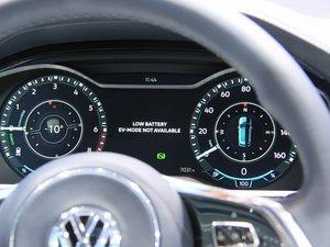 2016款GTE概念车 中控区