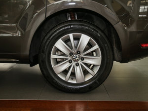 2016款280TSI 乐享型 7座 轮胎