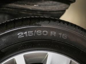 2016款280TSI 乐享型 7座 轮胎尺寸