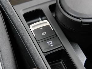 2017款2.0T 驻车制动器