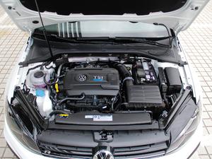 2017款2.0T 发动机