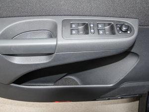 2017款380TSI 舒享型 6座 车门储物空间
