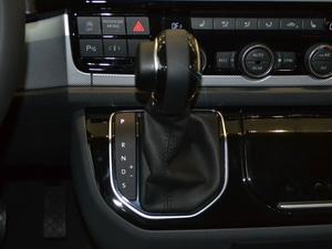 2018款2.0TSI 四驱风尚版 7座 变速挡杆
