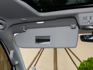 2018款2.0TSI 两驱豪华版 6座 遮阳板