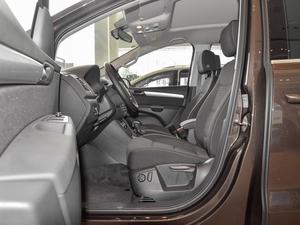 2018款380TSI 舒享型 7座 前排空间