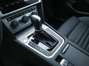 2018款380TSI 四驱纵行版 变速挡杆