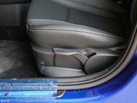 空间座椅奥迪A1座椅调节