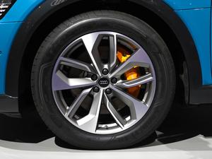 2019款e-tron 55 quattro时尚型 轮胎
