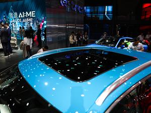 2019款e-tron 55 quattro时尚型 车顶