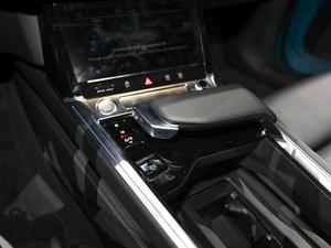 2019款e-tron 55 quattro时尚型 变速挡杆