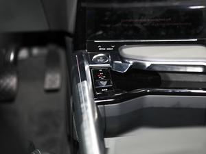 2019款e-tron 55 quattro时尚型 中控区