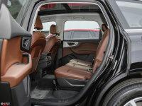 空间座椅奥迪Q7 e-tron后排空间