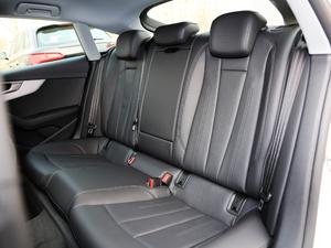 2019款Sportback 45 TFSI quattro 运动型 后排座椅