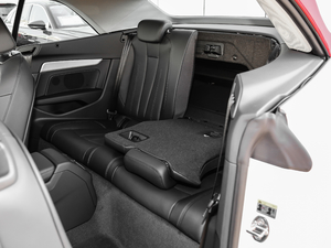 2019款Cabriolet 40 TFSI 时尚型 后排座椅放倒