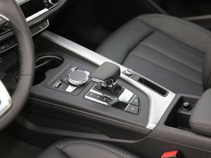 2019款45 TFSI allroad quattro 时尚型 变速挡杆