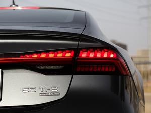 2019款55 TFSI quattro 动感型 尾灯