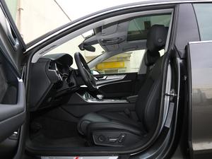 2019款55 TFSI quattro 动感型 前排空间
