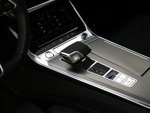 2019款55 TFSI quattro 动感型 变速挡杆