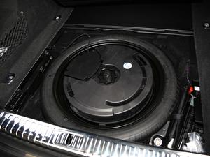 2019款55 TFSI quattro 动感型 备胎