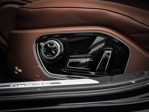 2013款40 hybrid 座椅调节