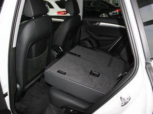 2013款45 TFSI quattro 运动型 后排座椅放倒