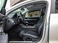 空间座椅奥迪S8前排空间