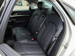 2015款4.0 TFSI quattro 后排座椅