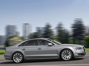 2015款40 hybrid 整体外观