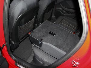 2015款45 TFSI S Line 运动型 后排座椅放倒