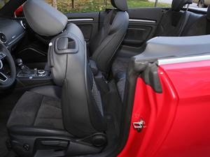 2017款Cabriolet 后排空间