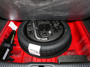 2017款Cabriolet 备胎