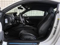 空间座椅奥迪TT双门前排空间