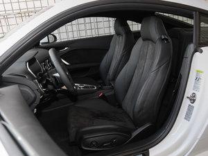 2017款45 TFSI 前排座椅