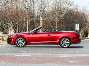 2017款Cabriolet 40 TFSI 时尚型 纯侧