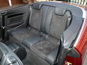 2017款Cabriolet 40 TFSI 时尚型 后排座椅
