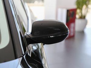 2017款50 TFSI quattro 豪华型 后视镜