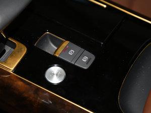 2017款50 TFSI quattro 豪华型 驻车制动器