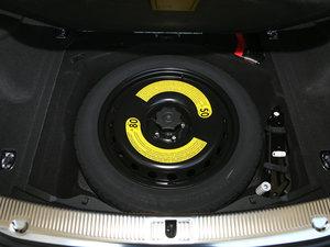 2017款50 TFSI quattro 豪华型 备胎