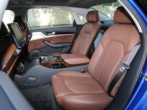 2017款50 TFSI quattro 尊贵型 后排座椅