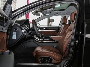 2017款6.3L W12 quattro 旗舰型 前排空间
