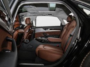 2017款6.3L W12 quattro 旗舰型 后排空间