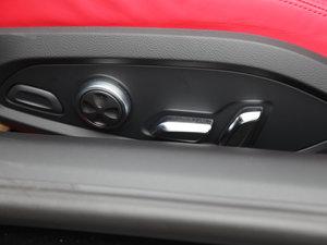 2017款V10 Coupe 座椅调节