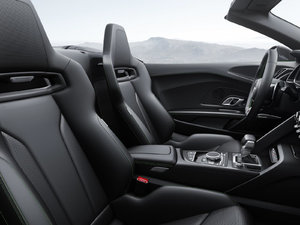 2017款Spyder V10 plus 空间座椅