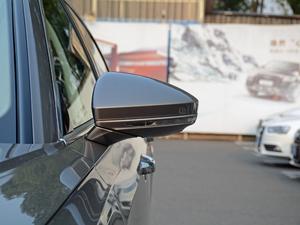 2018款55TFSI quattro 豪华型 后视镜