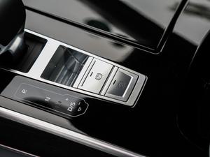 2018款55TFSI quattro 尊贵型 驻车制动器