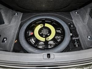 2018款55TFSI quattro 尊贵型 备胎