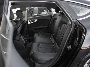 2018款40 TFSI quattro 技术型 后排座椅