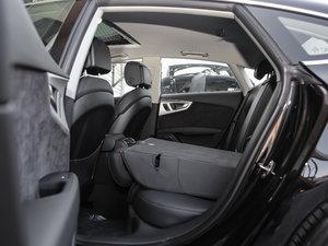 2018款40 TFSI quattro 技术型 后排座椅放倒