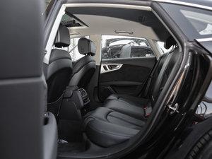 2018款40 TFSI quattro 技术型 后排空间
